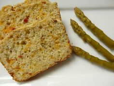 Herbed Sun-dried Tomato and Cheese Bread