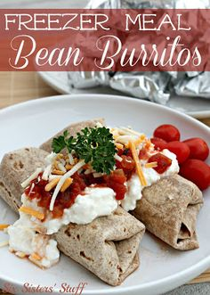 Freezer Meal Slow Cooker Bean Burritos | Six Sisters' Stuff