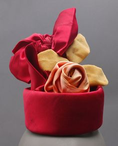 Hat    Lilly Daché, 1957    The Philadelphia Museum of Art