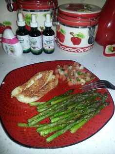 Omnitrition! P2 dinner.. 4 oz. Cod, 3.7 oz grilled asparagus, and spoonful of pico de gallo. =) Mmm
