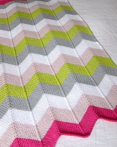 Cheveron Baby Blanket FREE knitting pattern - might try this as I'm not that good at crochet yet!