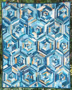 Crystallized quilt pattern, by alittlecrispy on Craftsy.com