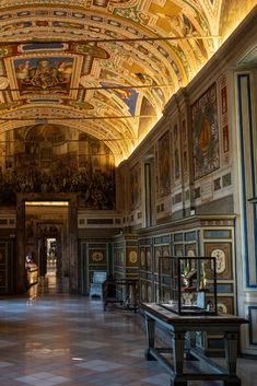 With the museum's virtual tours, you can spend as long as you like gazing up at the soaring ceilings and intricate frescoes. This is Culture Trip's guide to experiencing the sights and sounds of Rome - without leaving your living room.  #staycurious #stayathome #stayhome #culturetrip #forcurioustravellers #rome #thevatican #traveltomorrow #armchairtraveller #virtualtravel #cloudtourism
