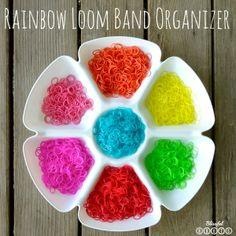 $1 Rainbow Loom Band Organizer @ Blissful Roots