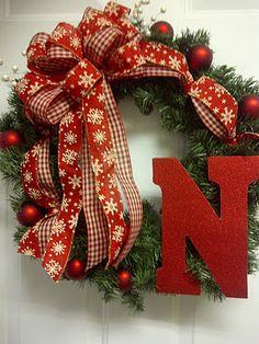 single monogram christmas wreath
