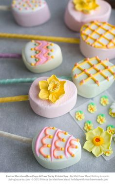 Adorable Easter Marshmallow Pops & Free Printable Tags by @Matthew Mead & Amy Locurto  LivingLocurto.com