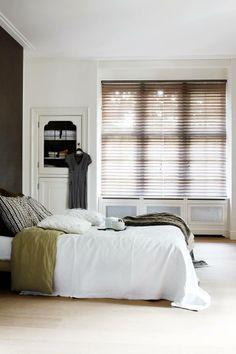 parket gordijnen rolluiken boxspring bedden behang slaapkamer badkamer ...