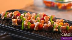 ORANGE CHILI CHICKEN SKEWERS from @Fabio Viviani on Yahoo!  Quick and Easy!    Full Episode: http://yhoo.it/101ZinH  Text Recipe: http://yhoo.it/XyuyGL