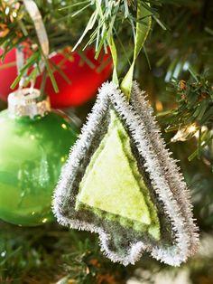 50 DIY Felt Christmas Tree Ornaments | Shelterness