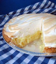 Pineapple Buttermilk Meringue Pie | Baking Bites #pieday