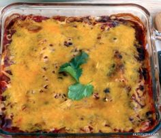 I like to make this Southwestern Black Bean Casserole and package leftovers for the week!  #blackbean #casserole #recipe