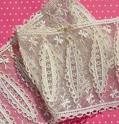 Antique Lace Vintage Lace Trim Net Lace Flounce by dishyvintage, $8.00