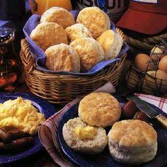 Holiday Buttermilk Biscuit Recipe - 3 Points + - LaaLoosh
