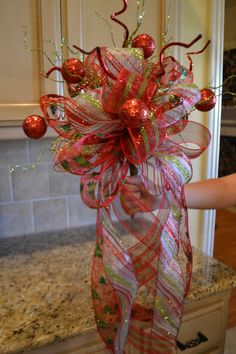 Christmas Tree Topper  @Melissa Squires Squires Squires Squires K Duncan ...we need to make these for our trees!