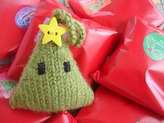 Christmas Tree Ornament, felted, free pattern - would be great with Mountain Mohair