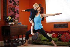 yoga mom, busi mom, yoga tips, babi mommi, kid yoga, famili item, children yoga, famili yoga, busi mum