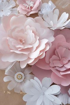 Paper Flower Tutorials sweetheart table, pink flowers, diy crafts, wedding backdrops, paper flowers, papers, flower ideas, flower tutorial, peoni