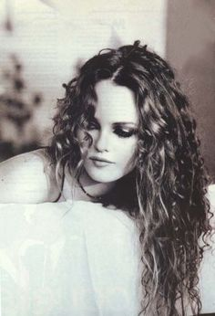 Vanessa Paradis offic, hair makeup, vanessa paradis, beauti, beauty, natural curls, curly hair, photographi, dominiqu issermann