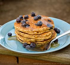 Whole Wheat Blueberry Buttermilk Pancakes - Good recipe and some very good tips
