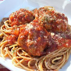 Slow cooker meatballs with spaghetti sauce.Beef meatballs with spices and delicious spaghetti sauce cooked in slow cooker. Fast and Easy!!!