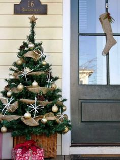 Holiday Curb Appeal