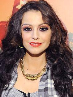 Such a pretty makeup look! <3 Cher Lloyd's edgy polychromatic smoky eye.