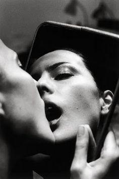 Helmut Newton | reflection | mirror | kiss |