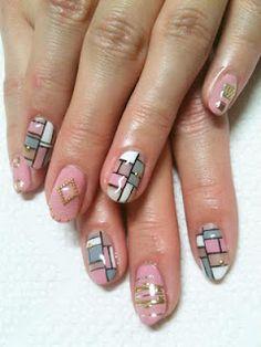 Mondrian inspired design. Pretty!
