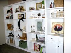 white built in bookcases