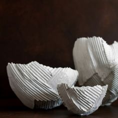 Italian ceramist Paola Paronetto's paper clay and porcelain work