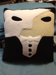 Phantom of the Opera Pillow. WANT!!