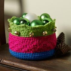 Jingle Basket All The Way - One of the best Christmas decorations this year has got to be this Jingle Basket All the Way crochet pattern. Not only does it help keep your house organized and looking neat and tidy for the holidays, but it's also fun and super festive!