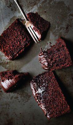 Chocolate Baileys: Mud Cake