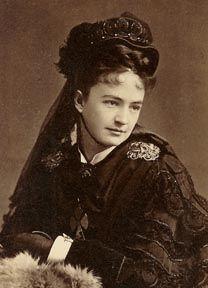 "Elizabeth ""Libbie"" custer, c. 1865"