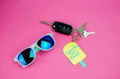 I got all my friends together to make this Popsicle Keychain – Teen Summer Craft. it was so fun to make and the perfect summer project. #crafts #teen #teens #teencrafts #craftsforteens #craftideasforteens #teencraftideas #diysforteens #teendiy #diyproject