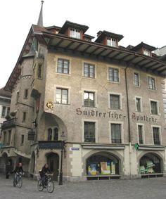 Farmacia antigua en Suiza