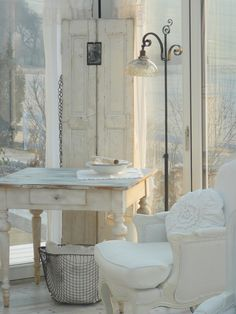 ❥ finally white~ very serene