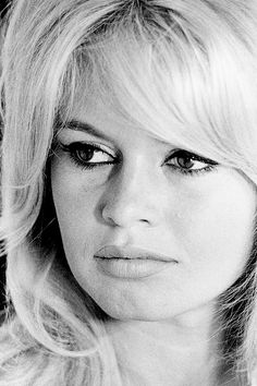 Brigitte Bardot photographed byHenri Dauman.