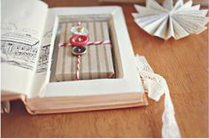 Love this gift wrapping idea!
