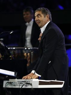 #London 2012 #Olympic Opening Ceremony - Rowan Atkinson as Mr. Bean