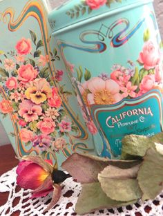 Avon Trailing Arbutus Perfumed Talc in Aqua Tin, Full in Box... Vintage Fragrance... California Perfume Co.