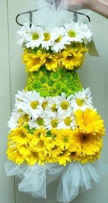 <3  daisy dress