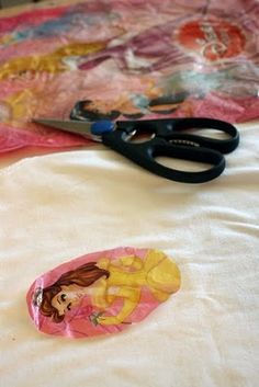 Plastic Bag Transfers: use plastic shopping bags images and iron them on kids clothes to cover stains or just for fun. #DIY #kids #recycle party favors, shop bag, plastic bags, kids clothes, shopping bags, plastic shop, decal, t shirts, iron