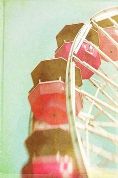 dream, amusement parks, color stories, carousel, color combinations, ferri wheel, watermelon, ferris wheels, soft pastels