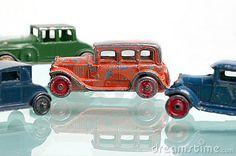 Antiguos coches de hojalata