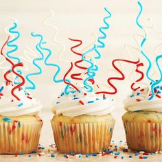Stand out this 4th of July with these firework-inspired confetti cupcakes!  More festive 4th of July desserts: http://www.bhg.com/holidays/july-4th/recipes/july-4th-desserts/?socsrc=bhgpin061313sparklercupcakes=11