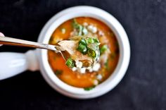 30 Minute Buffalo Chicken Soup I howsweeteats.com