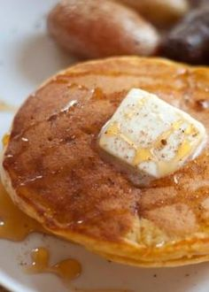 Pumpkin pancakes... Perfect for the fall!