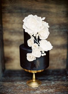 Black Cake with White Detailing | Sweet and Saucy Shop | Melissa Jill Photography
