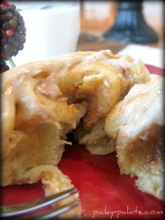 Thanksgiving morning?? pumpkin spiced cream cheese breakfast rolls... Yum!